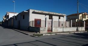 Trinitapoli Capannone  e suolo edificabile annesso